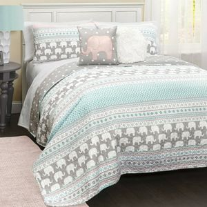 Twin Lush elephant bedding with 4 pillows